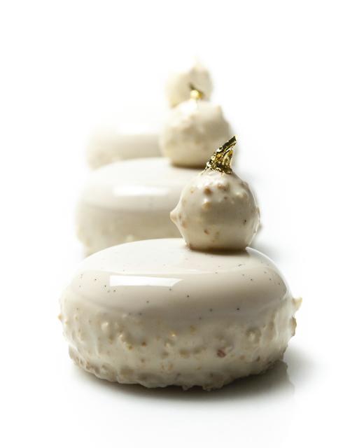 dessert-sans-oeufs-richard-hawke-pastry