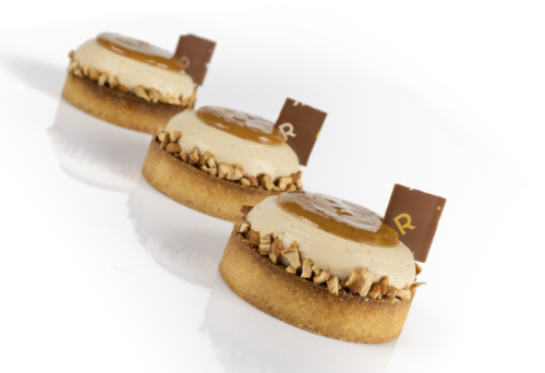 tarte-noisette-vegan-richard-hawke-pastry